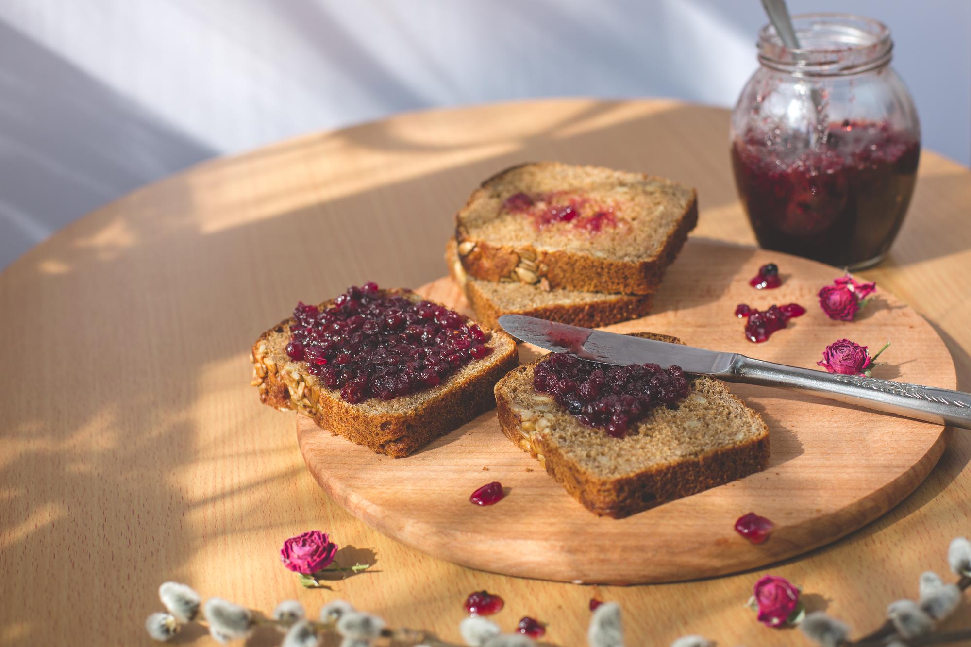 По сезону: Варенье и мед из лепестков чайной розы