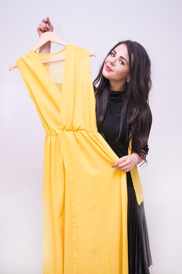 Платье от Алины Гросу размера S, длинное в пол, с поясом, без подкладки