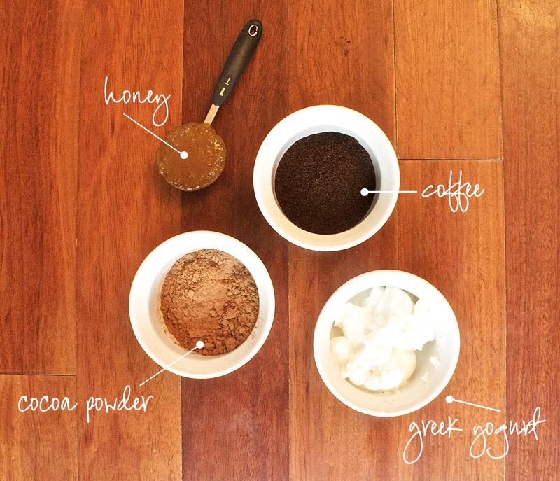 Кокосовое масло, йогурт и мед лучше всего комбинируются с кофе в масках для волос