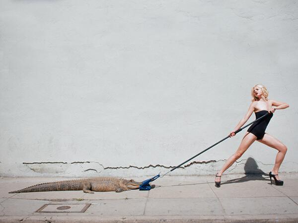 Фотограф Тайлер Шилдс славится своими скандальными фотосессиями
