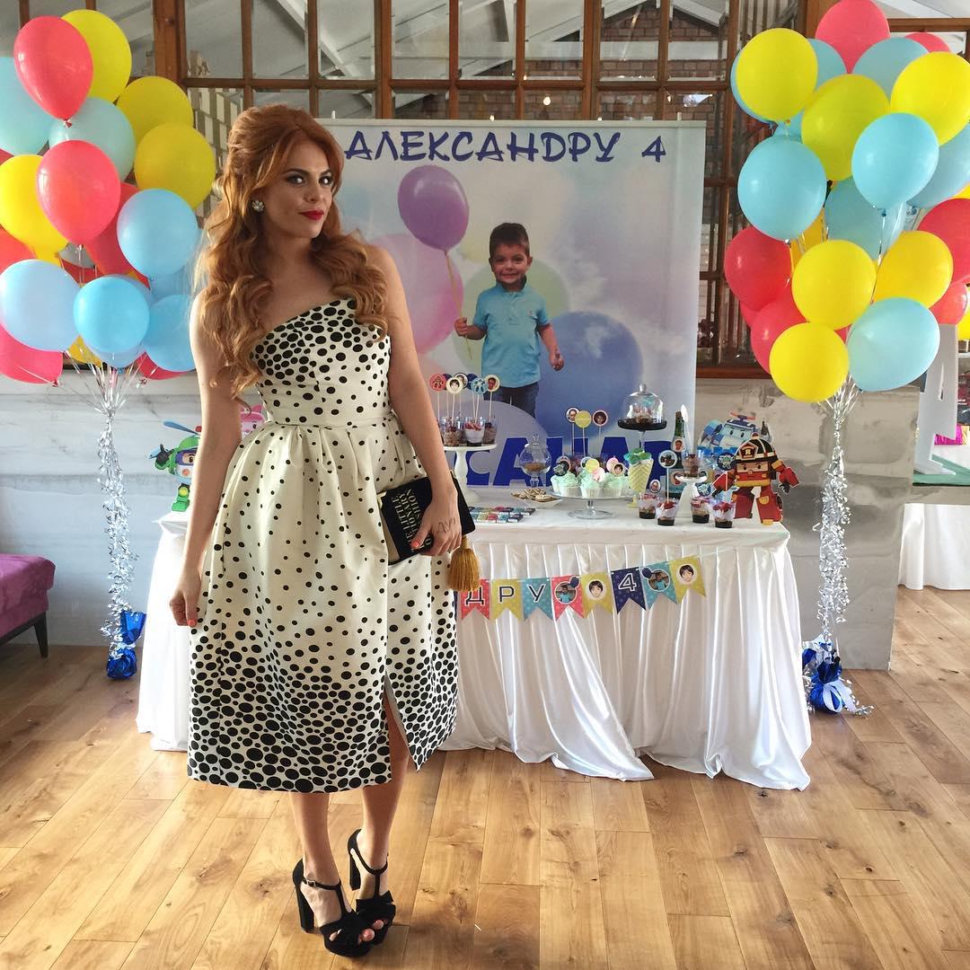 Российская певица Анастасия Стоцкая