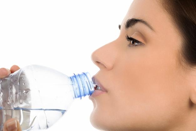 Сколько можно пить в день минеральной воды