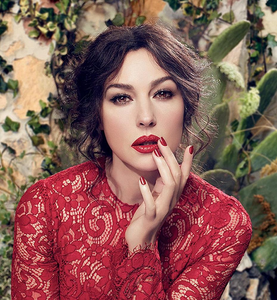 Моника Белуччи в рекламной кампании помад Dolce & Gabbana