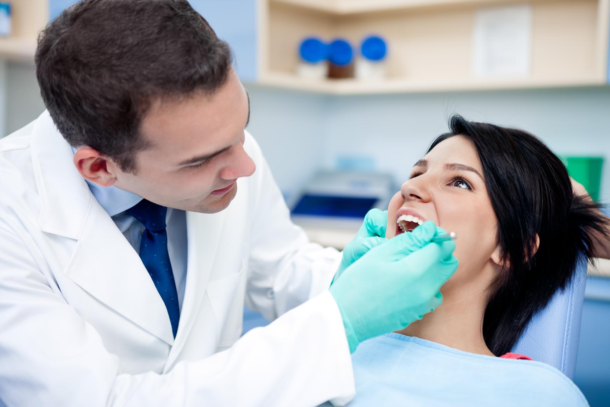 Чем страшна потеря одного или нескольких зубов: ответ стоматолога