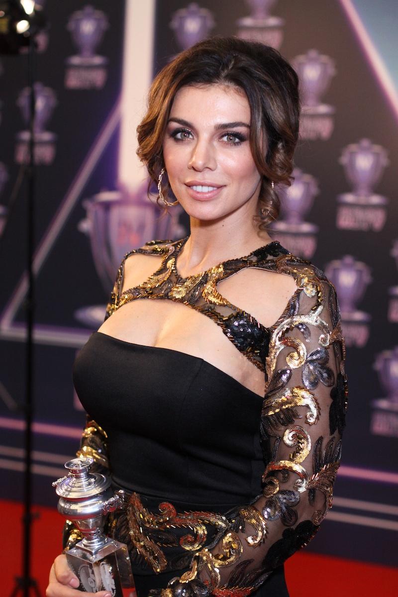Голая Анна Седокова во всей красе на секс фотках и видео