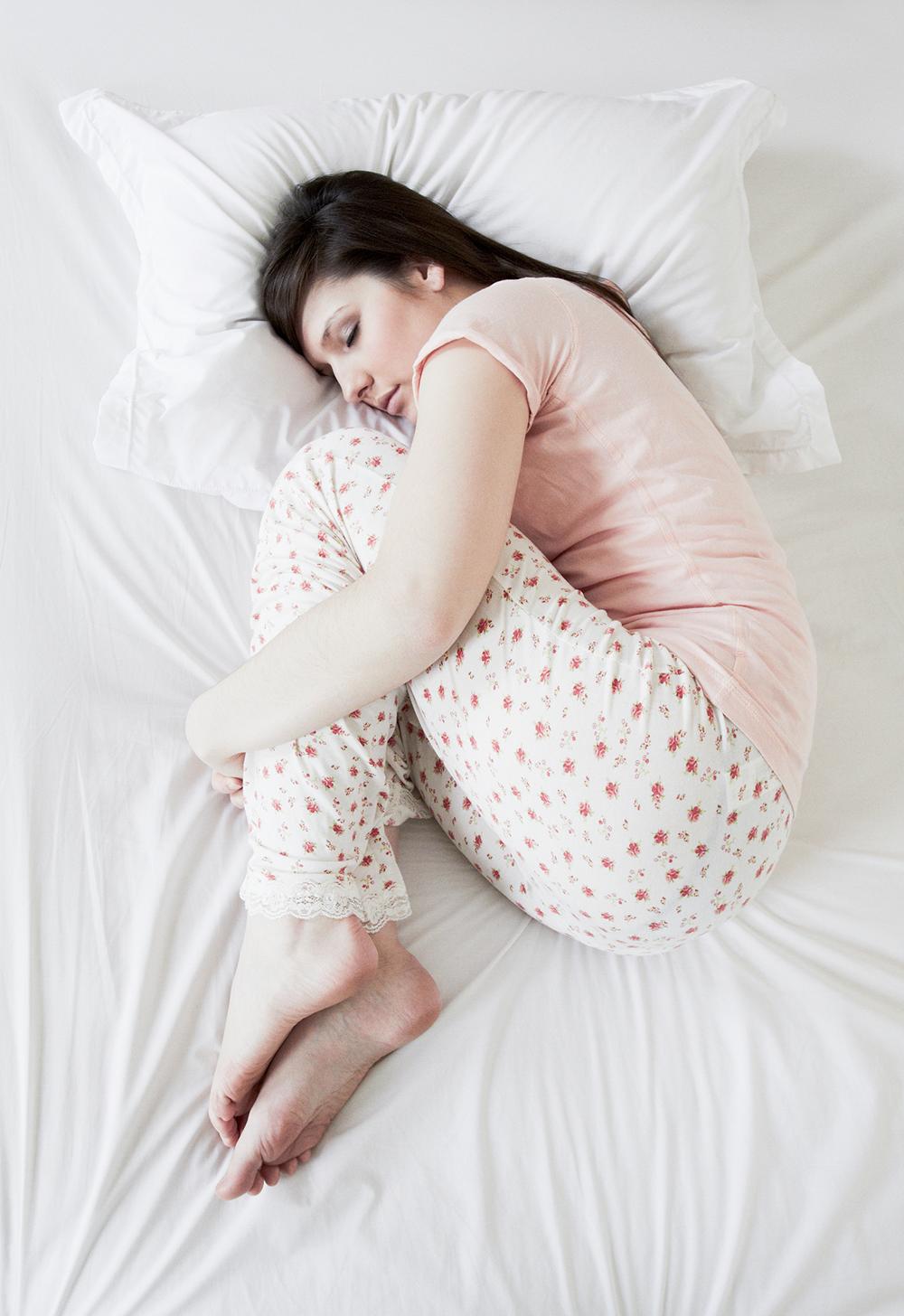 как уменьшить боль при эпиляции зоны бикини