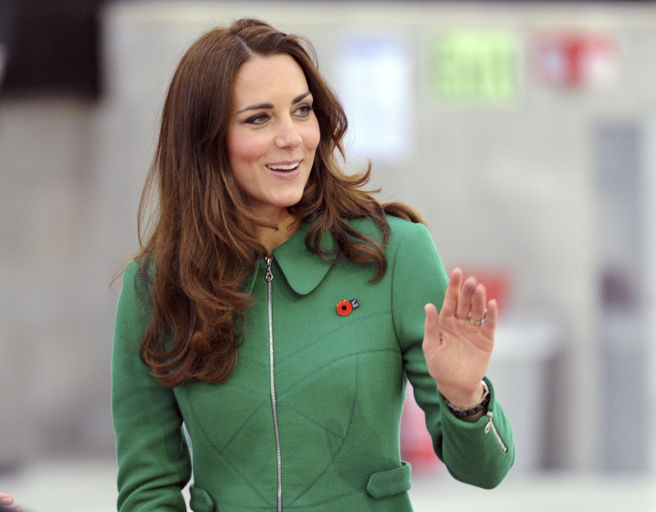 Камнем преткновения стало зеленое пальто Кейт Миддлтон