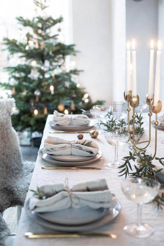 Проверьте этот список: какие закуски лучше убрать с праздничного стола