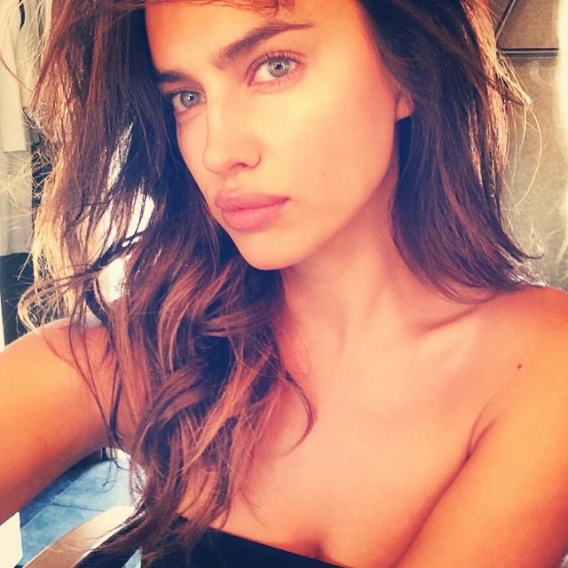 Российская модель Ирина Шейк часто балует поклонников своими