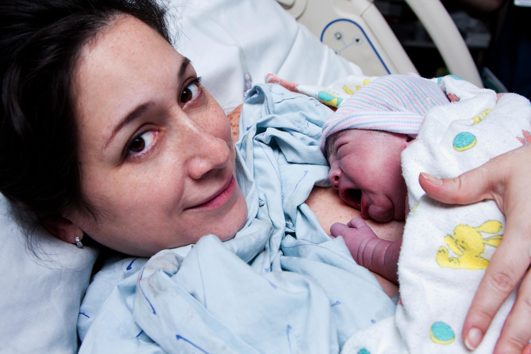 Фото когда рожает девушка 26 фотография