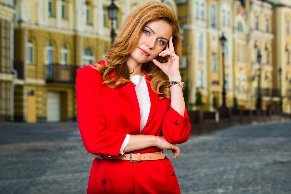 Ведущая Кристина Суворина
