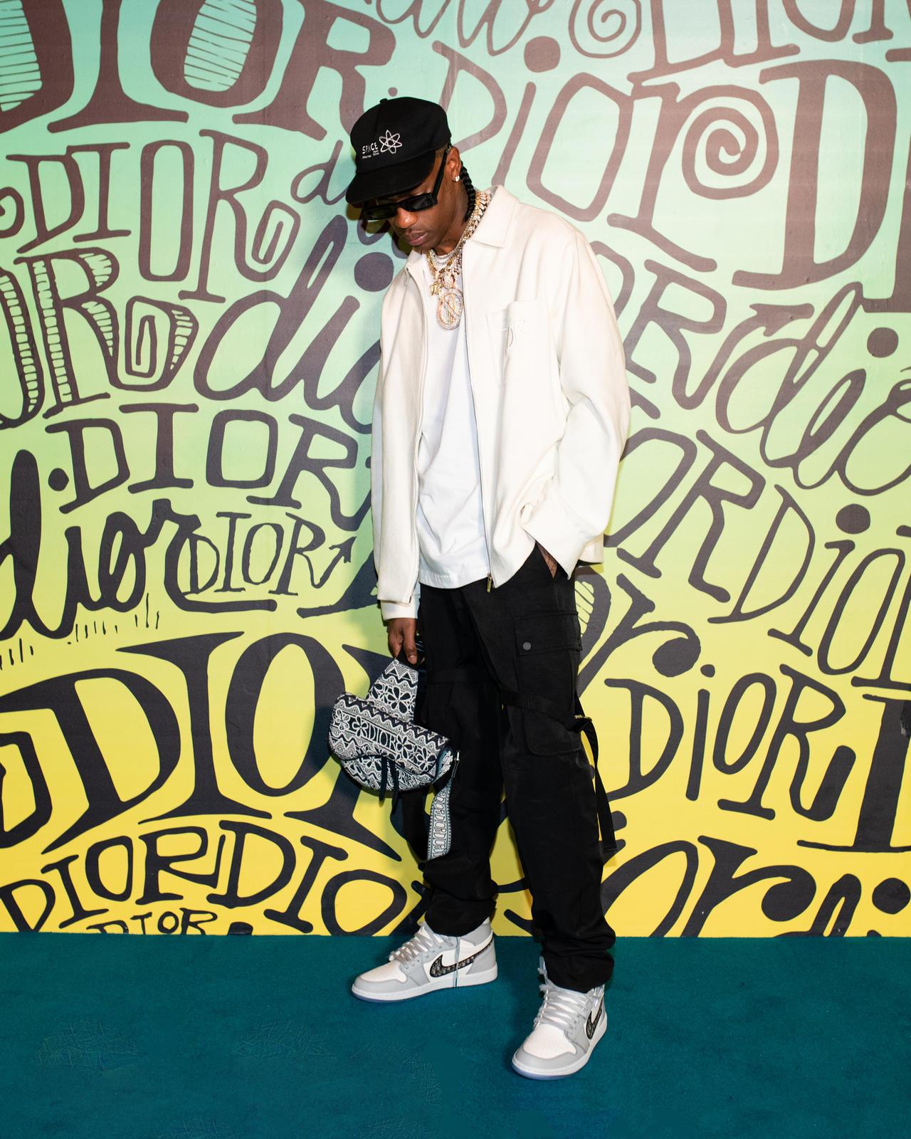 Коллаборация года - кроссовки Dior х Air Jordan 1