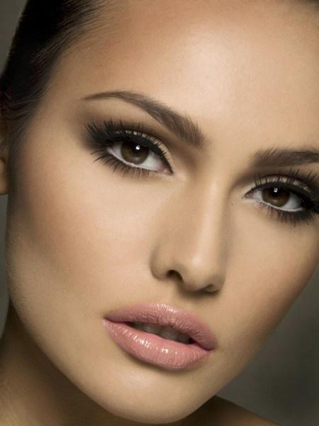 Красивые брови сделаю твой взгляд более выразительным