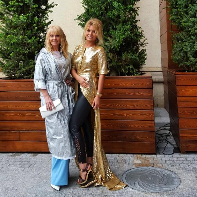 Анна Шульгина с мамой певицей Валерией