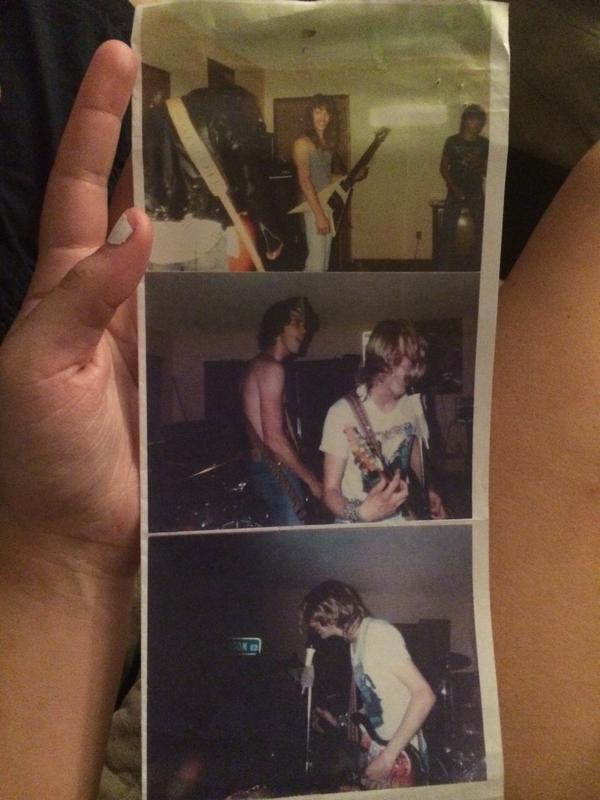 Новые фото первого концерта Курта Кобейна