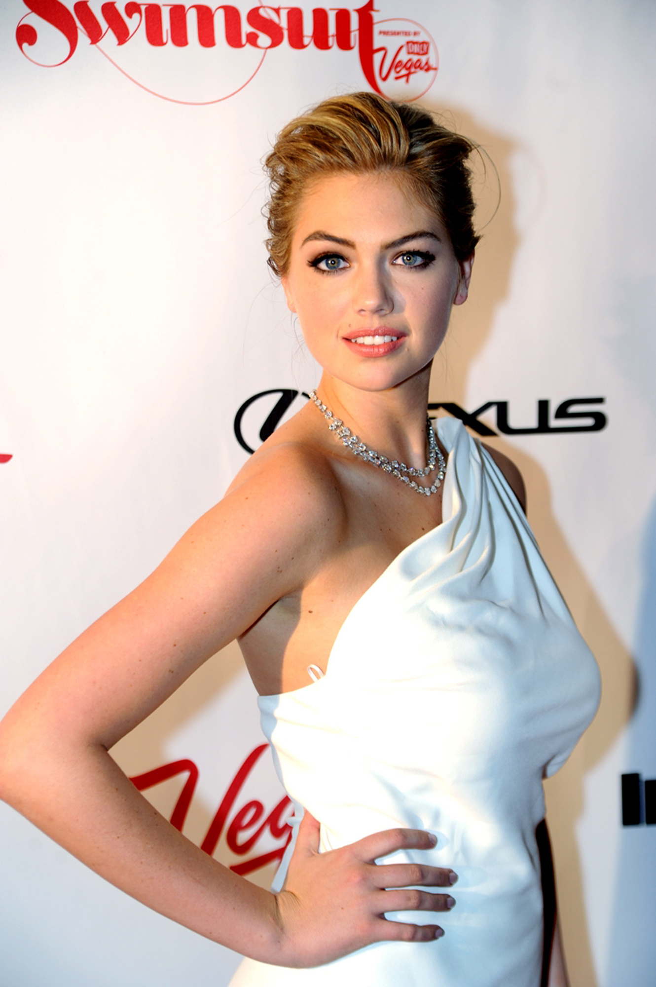 Кейт Аптон наградят 4 сентября на церемонии Style Awards