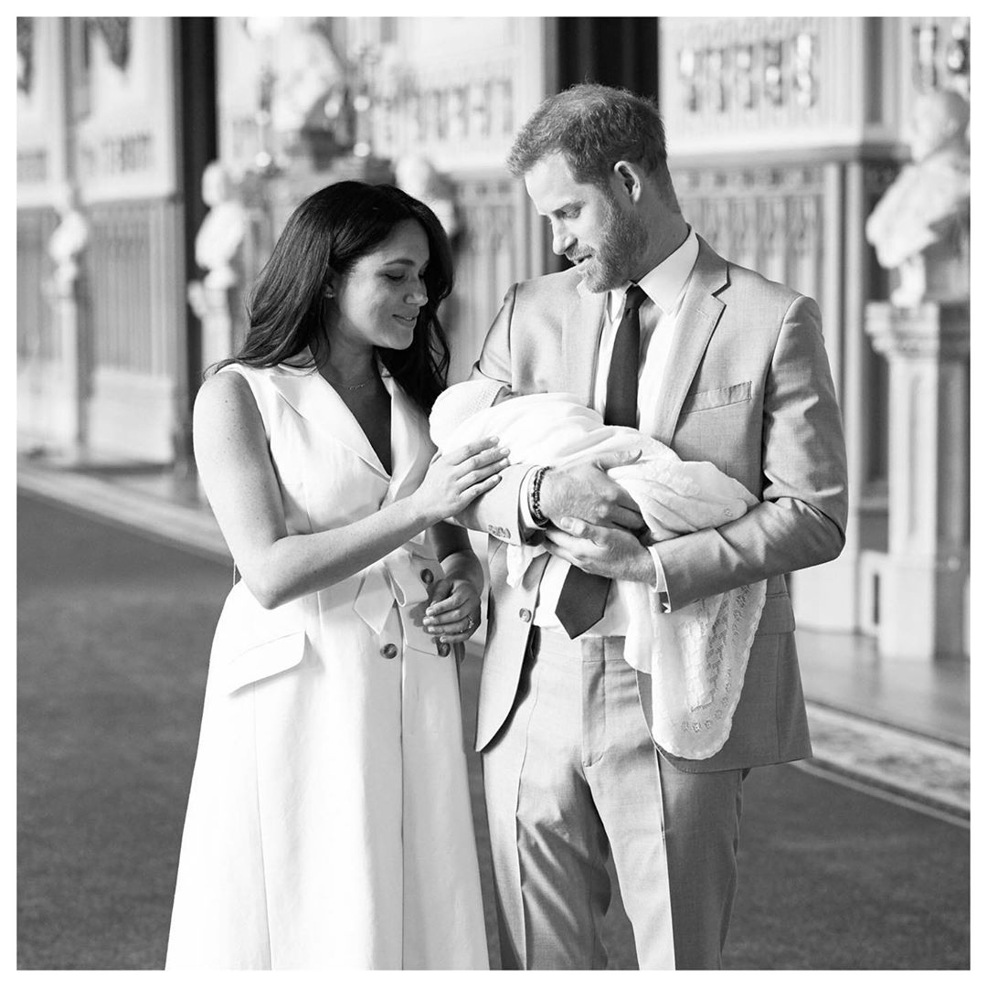 Королевская семья объявила имя первенца принца Гарри и Меган Маркл