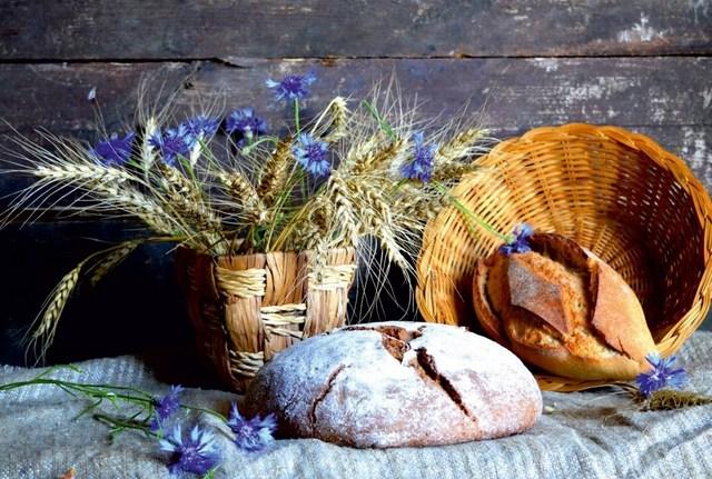Хлеб из цельнозерновой муки: В чем польза и как готовить в домашних условиях