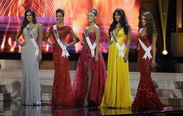 Диана Гаркуша на финале конкурса Мисс Вселенная 2014