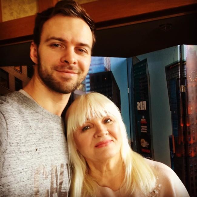 Макс Барских с мамой