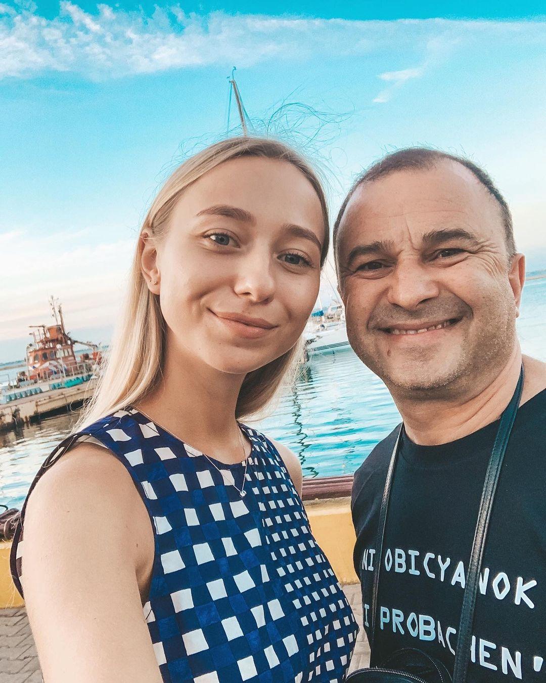 Молодая жена Виктора Павлика поделилась пикантным снимком