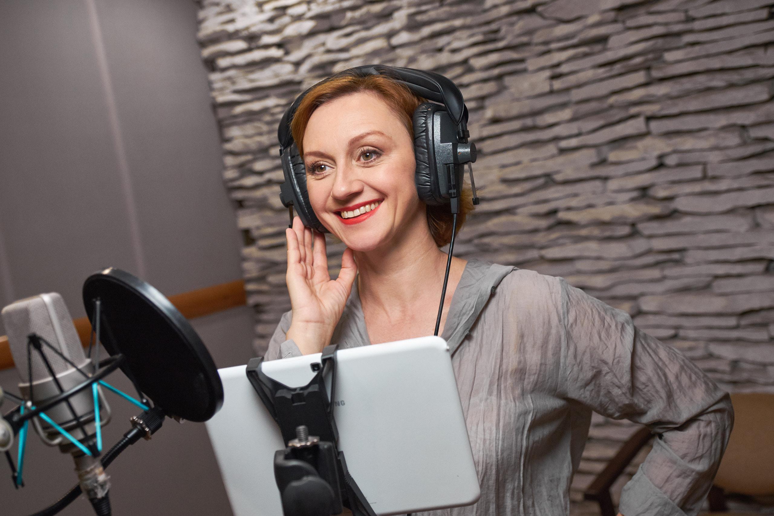 Римма Зюбина рассказала, почему актерам дубляжа запрещают сидеть на диетах