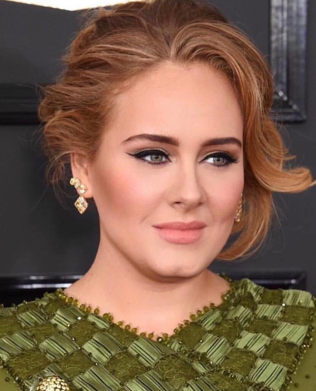 Антитренды макияжа 2020: Классические стрелки