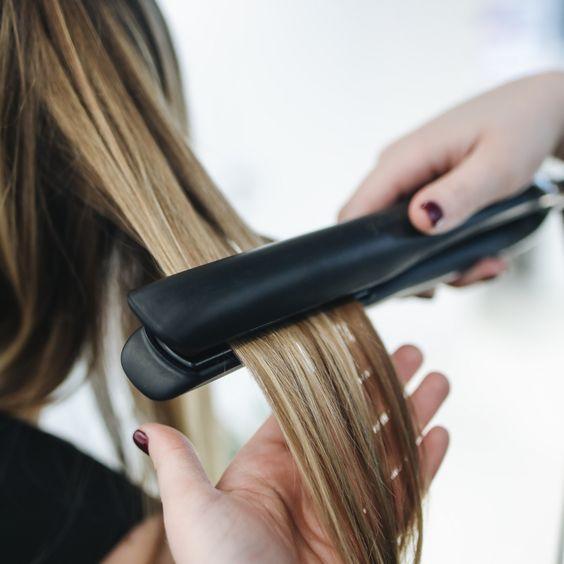 Создаем модные кудри: как красиво завить волосы за пару минут