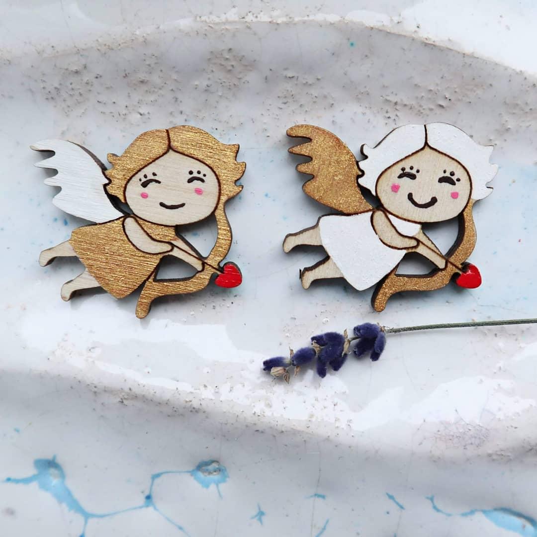 Ко Дню Валентина подойдут яркие сувениры-ангелочки
