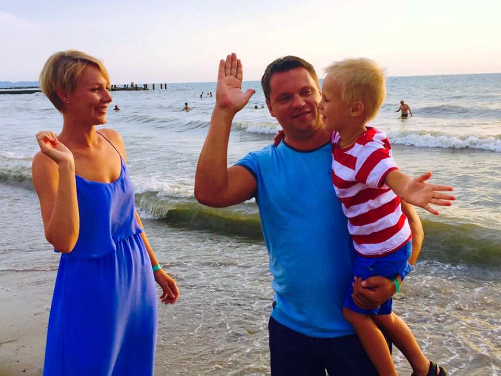 Мария Леончук с мужем и сыном