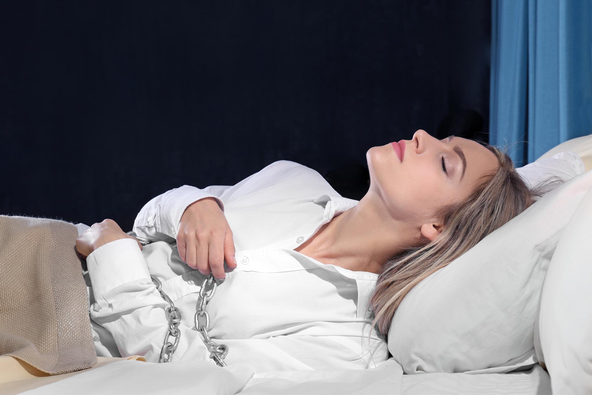 Что такое сонный паралич