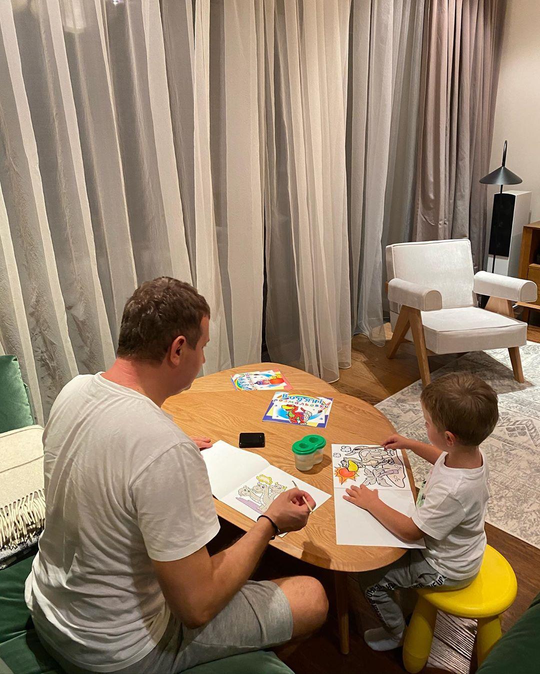 Юрий Горбунов показал, как проводит досуг с сыном
