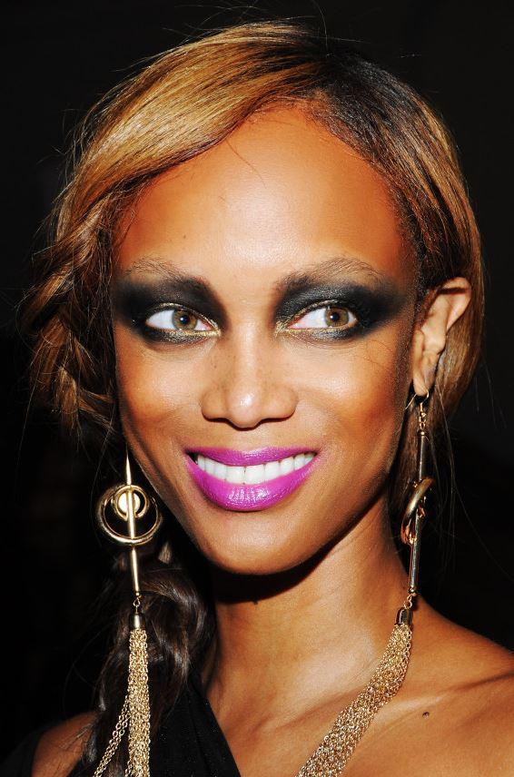 Модель Тайра Бэнкс: аляповатый макияж глаз