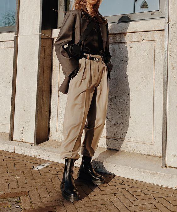 Модные приемы: как заправлять брюки в обувь, чтобы выглядеть стильно