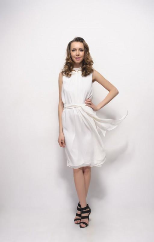 ...юбки-тюльпаны и юбки-трапеции, чтобы бедра сделать объемнее.