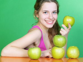 Ни дня без яблока