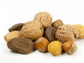 Орехи убивают холестерин в крови
