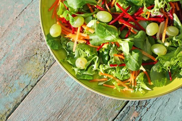 Рецепт                  Салат из винограда, свеклы и моркови