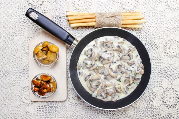 Рецепт                  Грибной соус из шампиньонов
