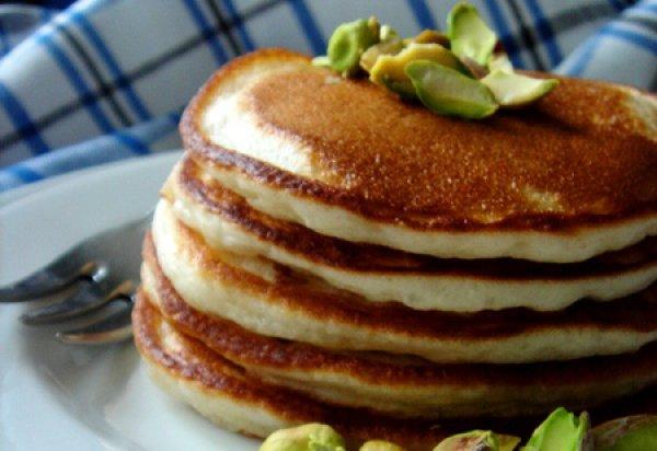 Рецепт                  Оладьи на йогурте с лимоном и фисташками
