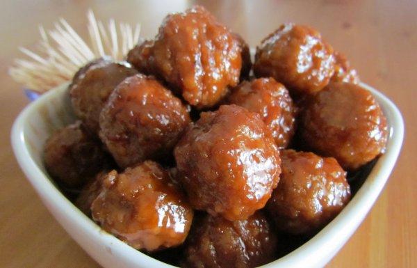Рецепт                  Фрикадельки на гриле в соусе барбекю