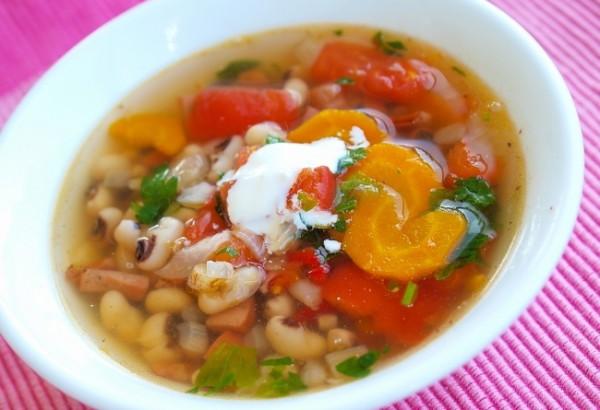 Рецепт                  Фасолевый суп с копченостями