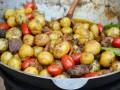 Как приготовить мясное жаркое в котле