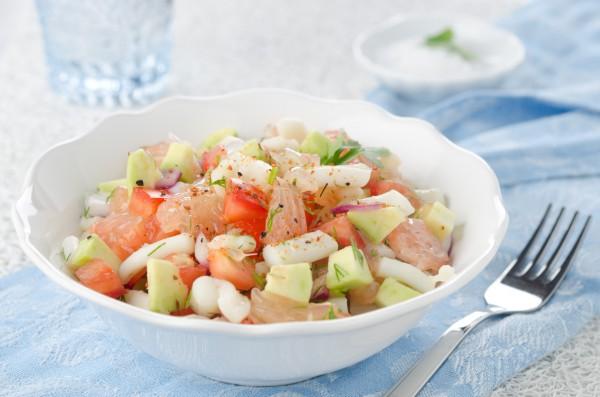 Рецепт                  Салат из кальмаров, овощей и грейпфрута