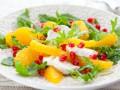 Новогодние салаты: ТОП-5 рецептов с моцареллой