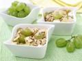 Куриный салат с виноградом и сыром