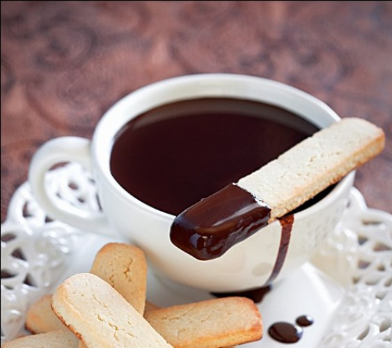 Рецепт                  Миндальное печенье к горячему шоколаду