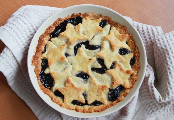 Рецепт                  Пирог с черничным вареньем