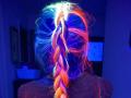 Beauty-тренд: Волосы, светящиеся в темноте