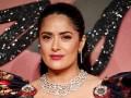 Fashion Awards 2016: 50-летняя Сальма Хайек показала пышный бюст